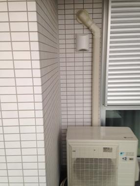 東京04.10うるさら室外機02